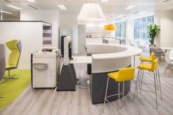 Office trend - Momenta Argento in an open plan activity based work environment
