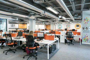 Future of office design - Duraflor Aspect carpet tiles